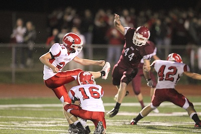 Brad Gann (44) leads Beebe in the second round of the 5A playoffs. (Bill Patterson photo)