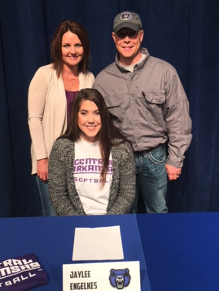Greenbrier's Jaylee Engelkes, with her parents, Jonathon and Julie, has signed to play softball at the University of Central Arkansas.