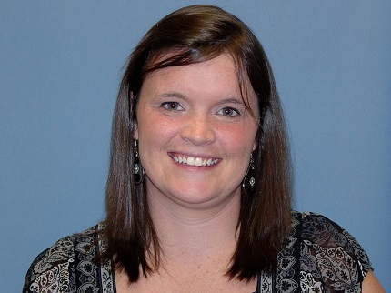 Shelly Smith has been promoted from customer service specialist to senior customer service specialist.